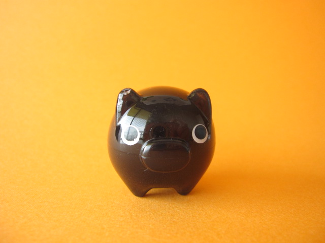 Photo1: Cute Butachu Mini Piggy Acrylic Mascot Toy *Black