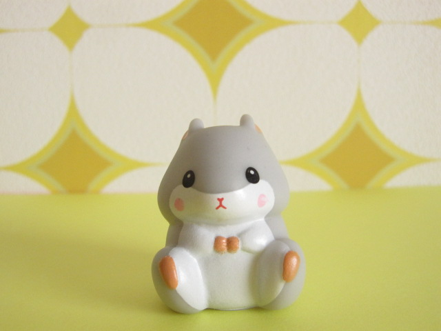 Photo1: Kawaiil Cute Korohamu Koron Mini Figure Doll *Gray