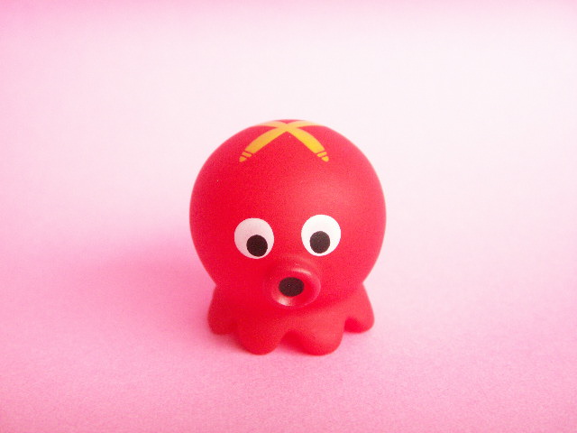 Photo1: Cute Mukku Takochu Plastic Mini Figure Toy *Red