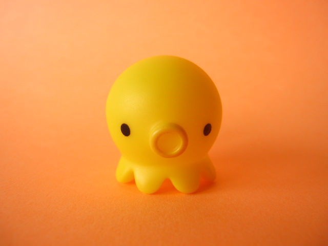 Photo1: Octopus Takochu Plastic Mini Figure Toy *Yellow