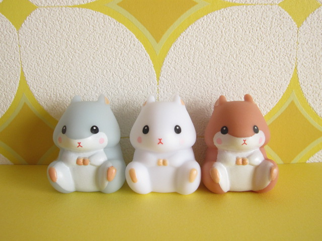 Photo1: 3 pcs Kawaiil Cute Korohamu Koron Mini Figure Dolls Set *Bluish gray, White  & Brown