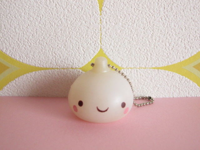 Photo1: Kawaii Cute Onsen Manju Kun Keychain Rubber Charm *White