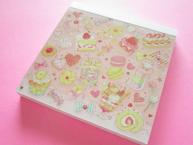 Photo1: Kawaii Cute Medium Memo Pad たけい みき (Takei Miki) Clothes Pin *Sweets (MM-15440)
