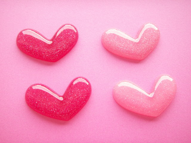 Photo1: 4 pcs Kawaii Cute Small Heart Cabochons Flat Back Craft Supplies Pink & Hot Pink